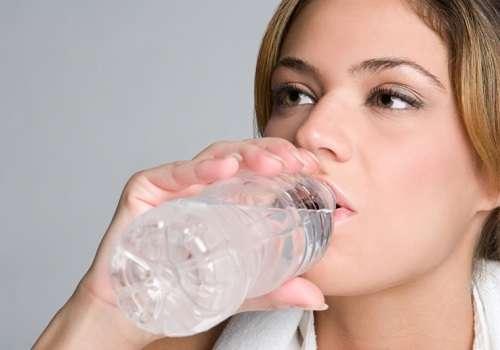 Пейте воду на голодный желудок